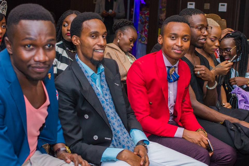 Mtindo Afrika 2017: Award winning fashion stylist and influencer Roger Gitau (center) enjoying the moment at the event. COURTESY: @poweroflens photography