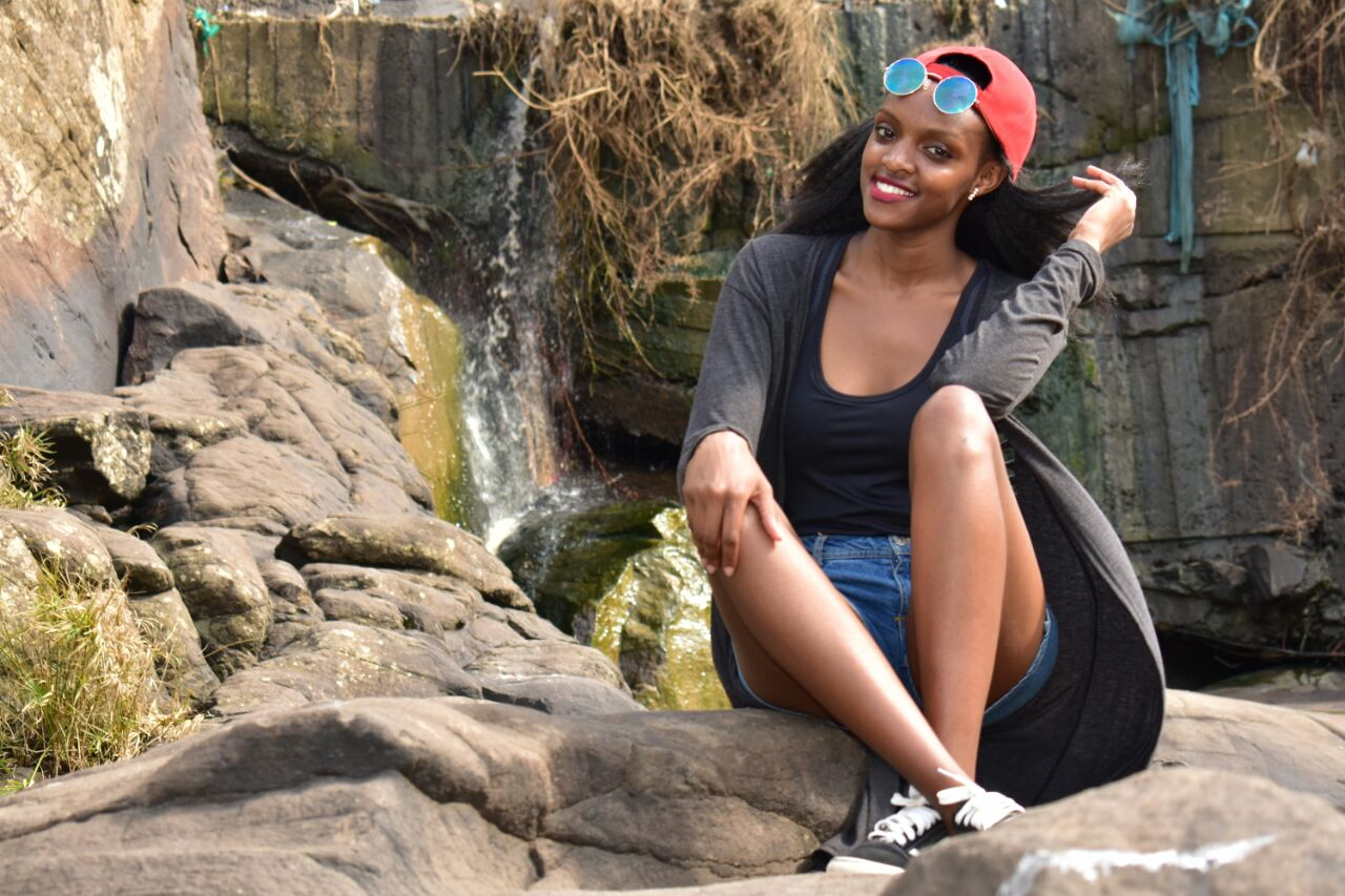 Mercygrace Kavata was a finalist in the Top 20 Under 20 Models competition organized by Fotophreak Magazine