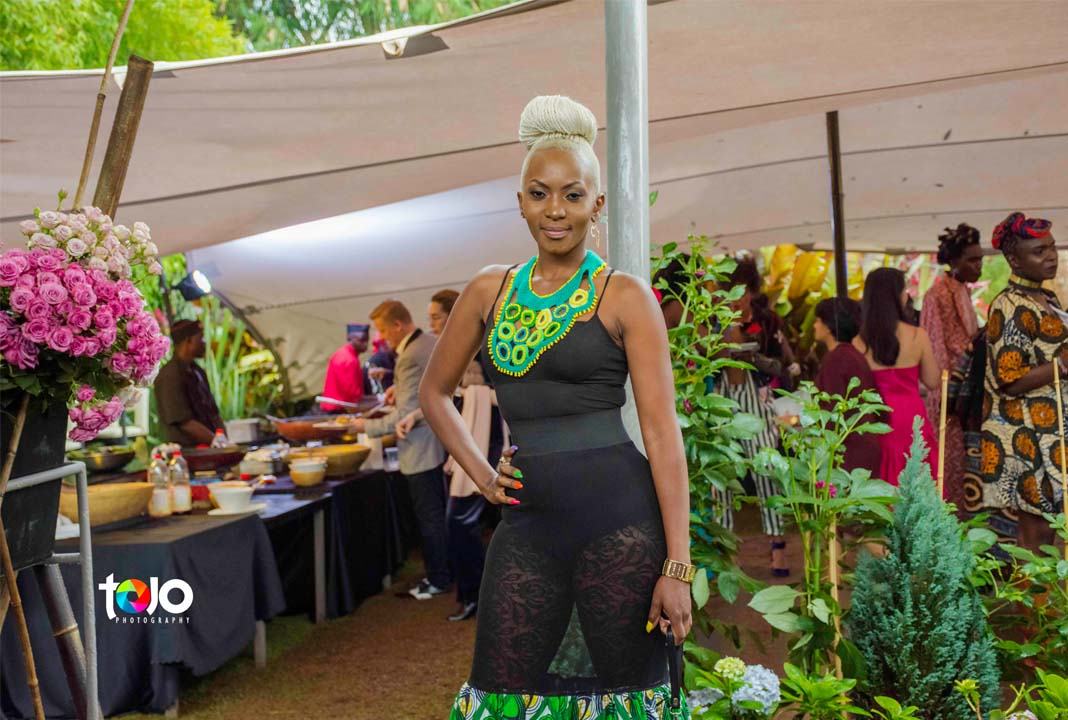 Fashion High Tea 2018: Mmmh what do you think about this outfit by this lovely lady. Comment down below.