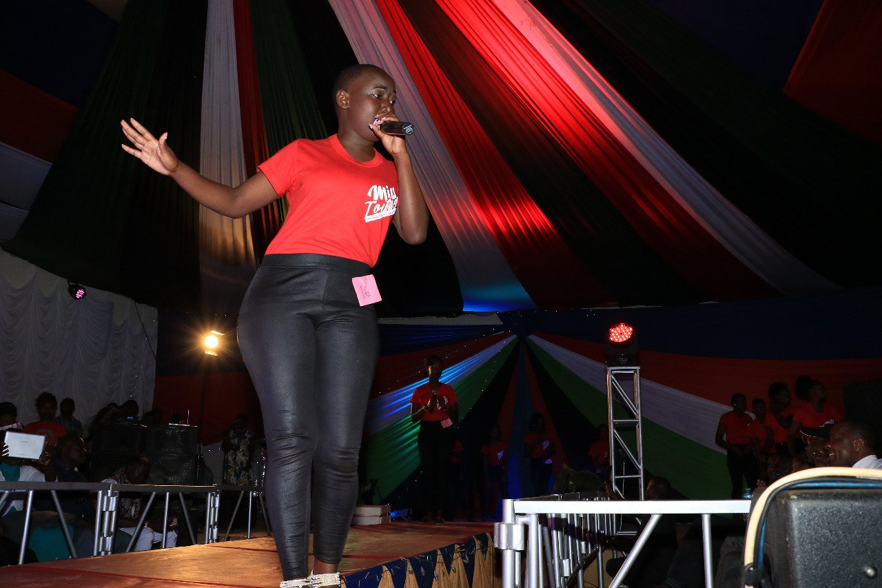 Joyce Nasambu with a song performance during the introduction category.