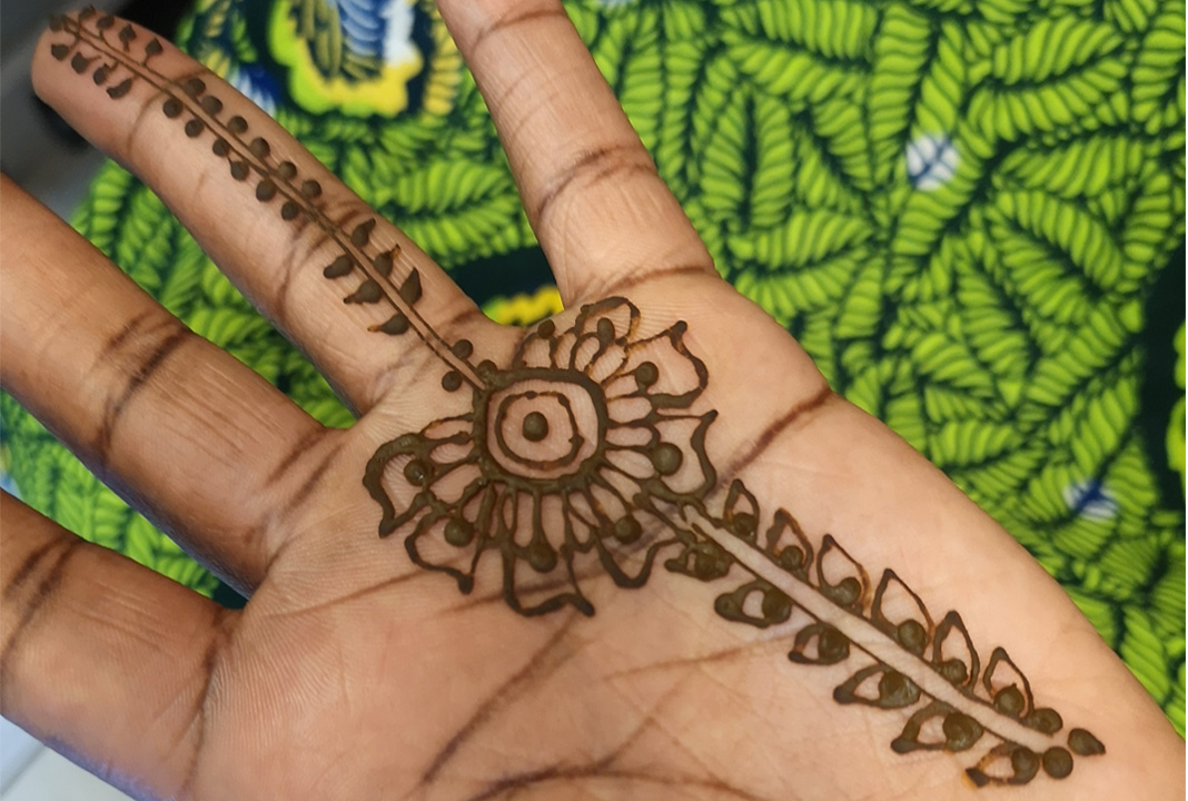 Henna gives you the freedom to express yourself in an artistic and bold way